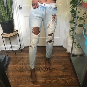 forever 21 light blue distressed cropped jeans